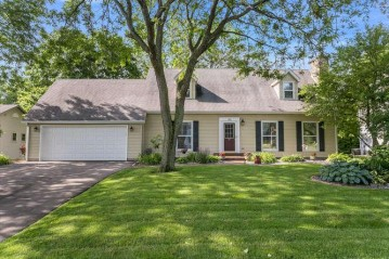 195 11th Ave, Union Grove, WI 53182-1282