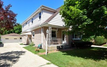 2779 S 58th St 2781, Milwaukee, WI 53219-3148