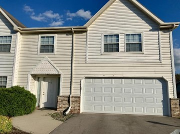 342 Kristin Ct E, Brookfield, WI 53045-3584