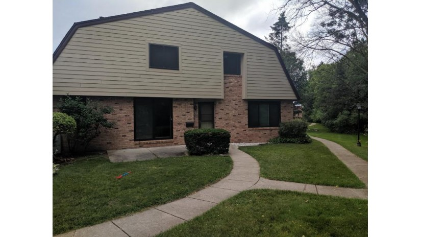 7265 W Wabash Ave Milwaukee, WI 53223-2608 by Realty Executives Integrity~Cedarburg $89,900