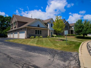 3334 55th Ct 126, Kenosha, WI 53144