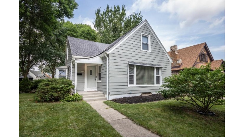 3730 W Roosevelt Dr Milwaukee, WI 53216 by Keller Williams Realty-Milwaukee North Shore $164,900