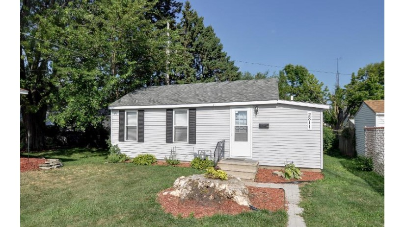 2811 Douglas Ave Racine, WI 53402-4115 by Berkshire Hathaway HomeServices Metro Realty-Racin $49,900