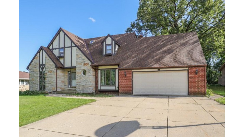 231 Pheasant Run Union Grove, WI 53182-1268 by Berkshire Hathaway HomeServices Metro Realty-Racin $265,000