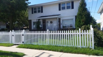 5783 S 13th St 5785, Milwaukee, WI 53221-4405