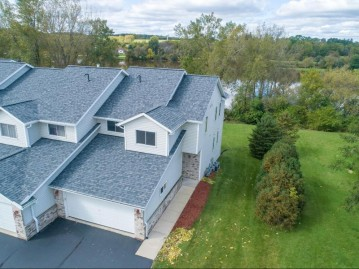 755 Green Bay Dr 8, Mayville, WI 53050