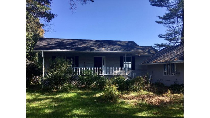 N1860 Shore Dr Peshtigo, WI 54143 by Place Perfect Realty (MI & WI) $184,000