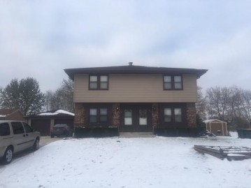 513 515 N Dries, Saukville, WI 53080-1707