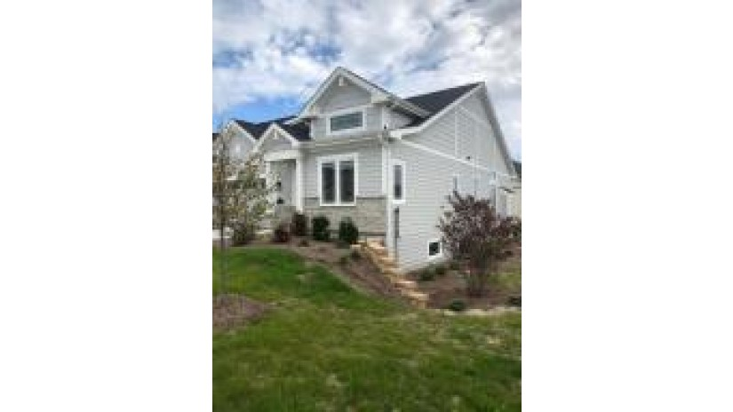 4715 98th St 62 Pleasant Prairie, WI 53158-6532 by Stanich Realty, LLC $451,000