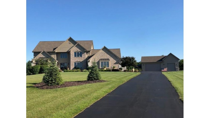 1129 Riley Rd Hartford, WI 53027-8515 by Realty Executives Connect $637,500