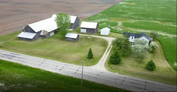 10819 Tannery Road, Two Rivers, WI 54241