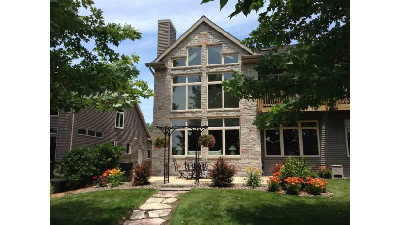 W5404 MARTIN Lane Fond Du Lac, WI 54935-2759 by Distinctive Homes & Real Estate LLC $449,900