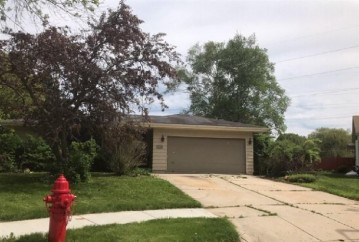 3441 S 12th Place, Sheboygan, WI 53081