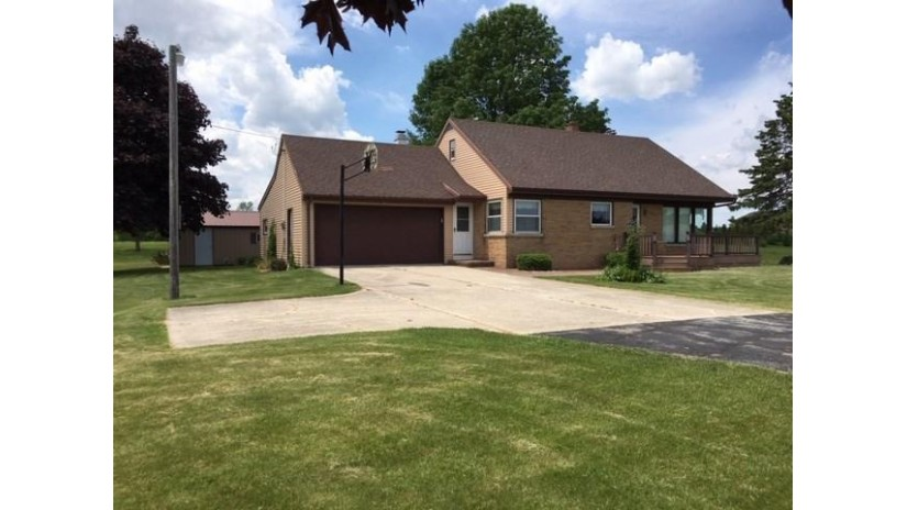 N4627 Hwy 42 Pierce, WI 54216 by Top Rated Realty, LLC $169,900