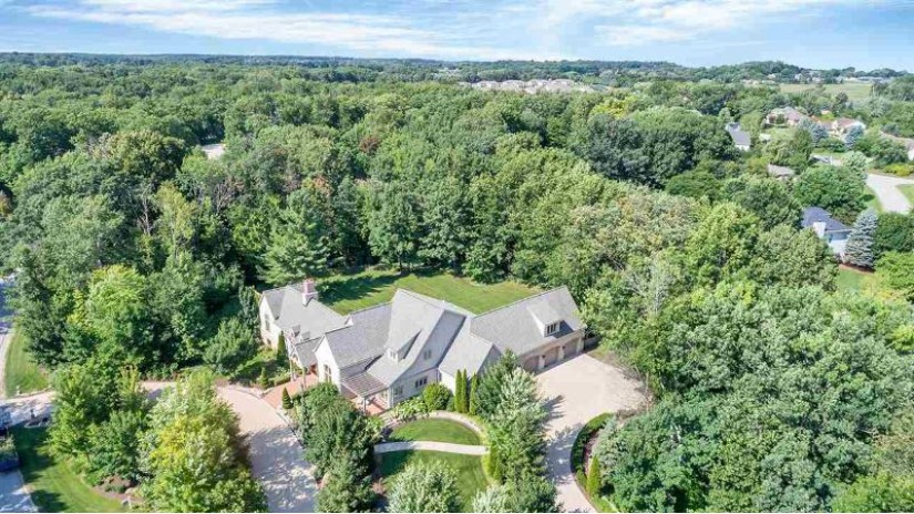 4521 ALGONQUIN Trail Hobart, WI 54313 by Todd Wiese Homeselling System, Inc. $1,250,000
