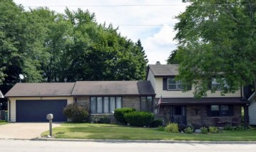 481 ALPINE Drive, Green Bay, WI 54302-5101