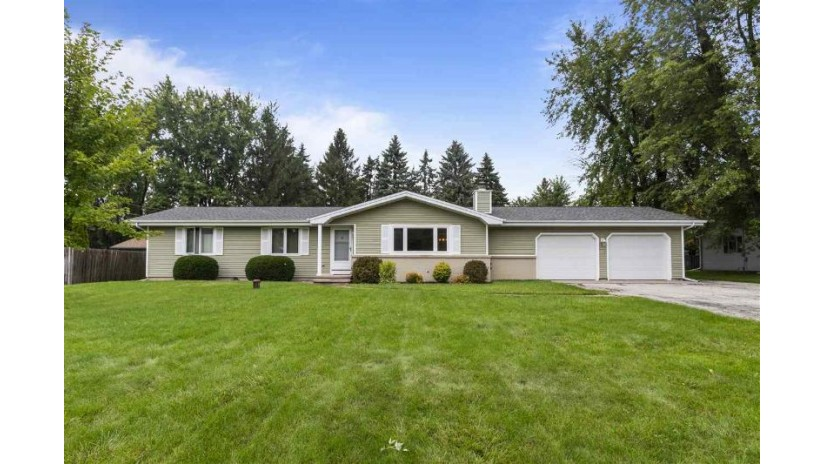 2916 W NORTHLAND Avenue Grand Chute, WI 54914-1514 by Century 21 Ace Realty $194,900