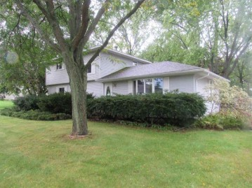 6723 Frontier Road, Winneconne, WI 54986-9738