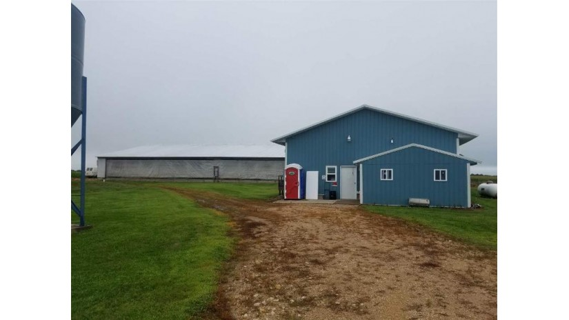 N6500 County Road B Fountain, WI 53950 by Gavin Brothers Auctioneers Llc $375,000