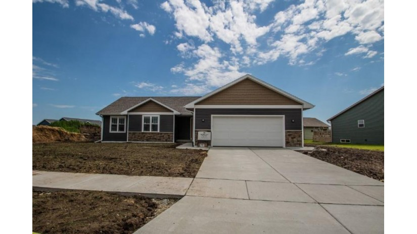 450 Hickory St Evansville, WI 53536 by Hurley Realty Llc $255,170