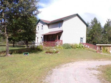 917 5th Ave, Colburn, WI 54943