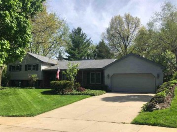 6405 Olympic Dr, Madison, WI 53705
