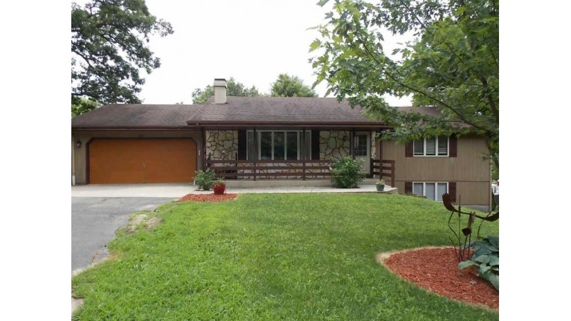 3524 E Blackhawk Dr Milton, WI 53563 by Century 21 Affiliated $229,900
