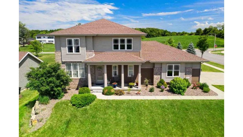 1271 Cathedral Point Dr Verona, WI 53593 by Mhb Real Estate $424,900