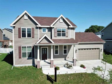 7108 Field Flower Way, Madison, WI 53718