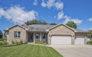 6102 Cottontail Tr, Madison, WI 53718