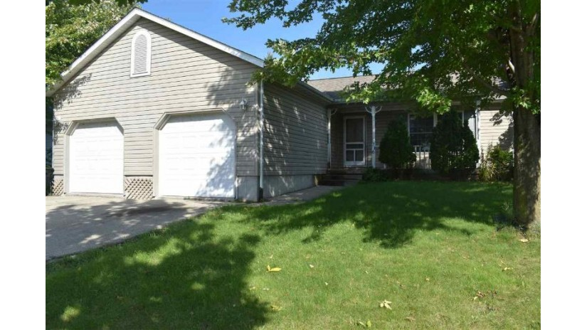 716 Browning Ave Jefferson, WI 53549 by Re/Max Shine $159,900