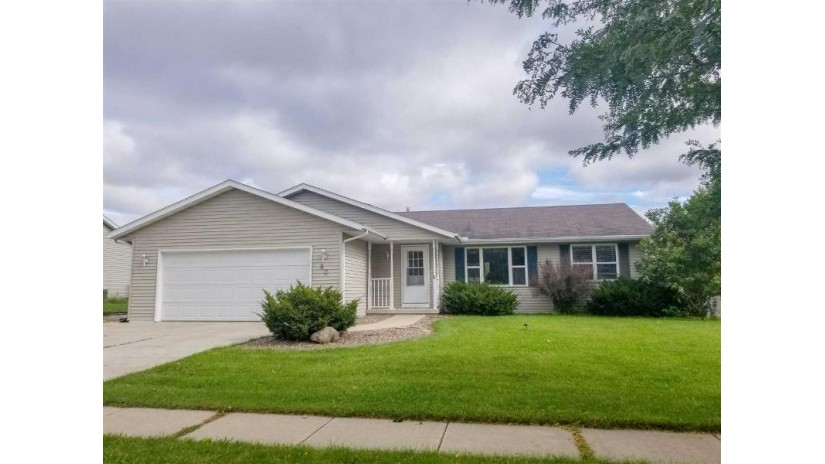 80 Debbie Dr Evansville, WI 53536 by Century 21 Affiliated $219,900