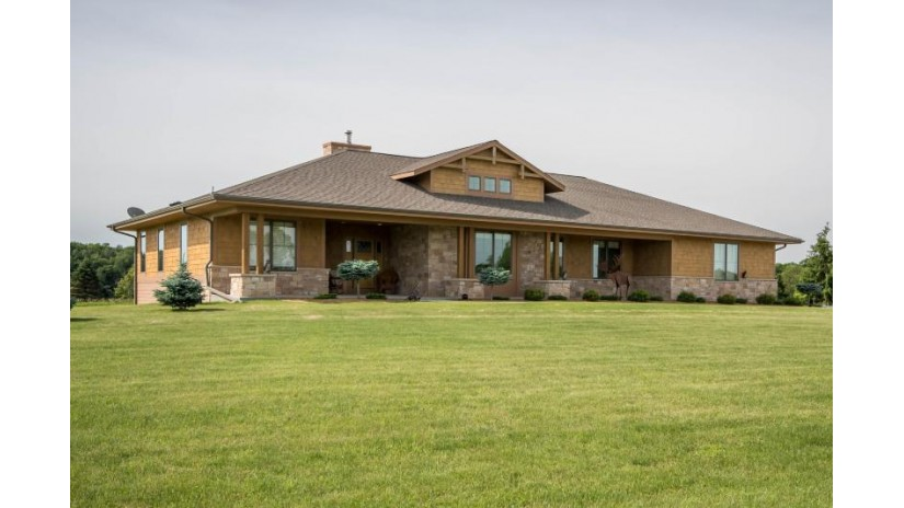 W1297 County RD J East Troy, WI 53149 by Realty Executives - Integrity $675,000
