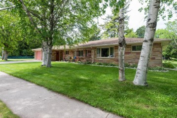 360 23rd St, Two Rivers, WI 54241