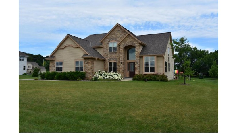S41W22272 Crestview Dr Waukesha, WI 53189-8244 by Realty Executives Southeast $524,900