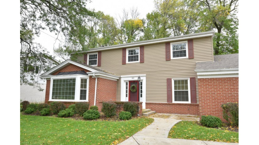 480 E Calumet Rd Fox Point, WI 53217-3205 by Shorewest Realtors $389,500