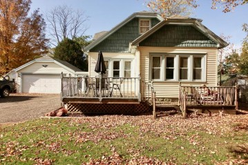 N5323 Park Ave, Fredonia, WI 53021