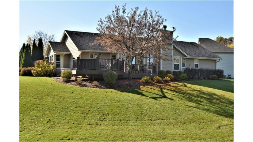 W157N9974 Bayberry Cir Germantown, WI 53022 by Roots Realty, LLC $345,000