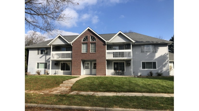 2008 Woodburn Rd D Waukesha, WI 53188-1584 by Shorewest Realtors $119,900