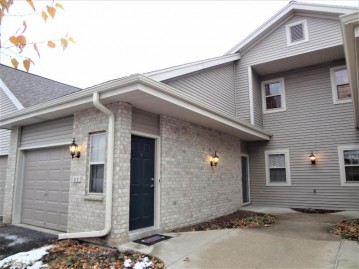 18625 Emerald Cir F, Brookfield, WI 53045-3660