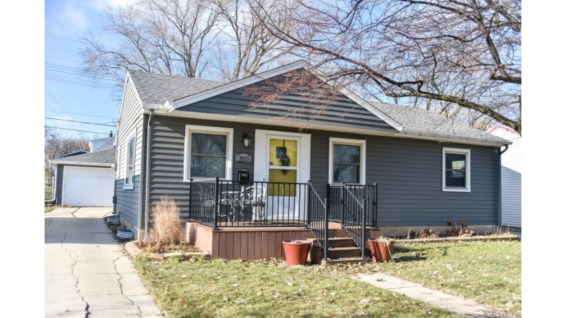 3815 S 55th St Milwaukee, WI 53220 by Shorewest Realtors $175,000