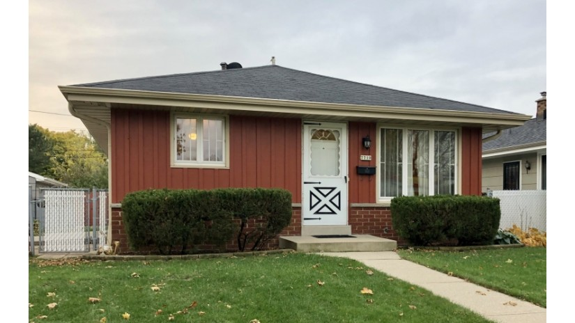 7719 W Florist Ave Milwaukee, WI 53218-1707 by Shorewest Realtors $114,900