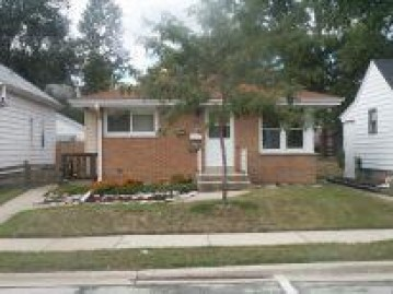 1610 17th Ave, South Milwaukee, WI 53172