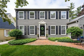 6133 N Lydell Ave, Whitefish Bay, WI 53217