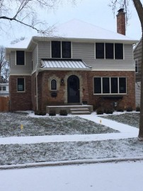 5955 N Berkeley Blvd, Whitefish Bay, WI 53217-4641