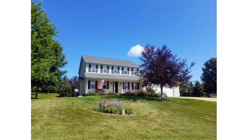 W7218 CENTER VALLEY Road Ellington, WI 54170 by Coldwell Banker Real Estate Group $259,900