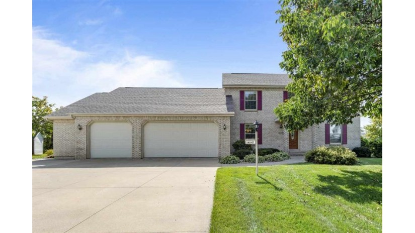 W5957 Daisy Court Harrison, WI 54915 by Beckman Properties $340,000