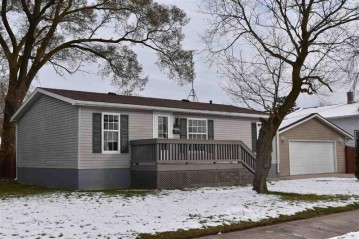 2842 10th Street, Two Rivers, WI 54241-5392