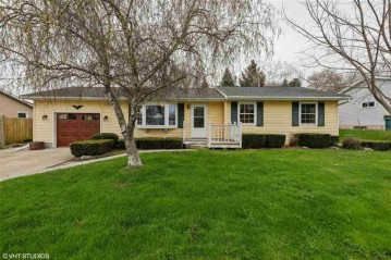 505 Roedl Ct, Beaver Dam, WI 53916