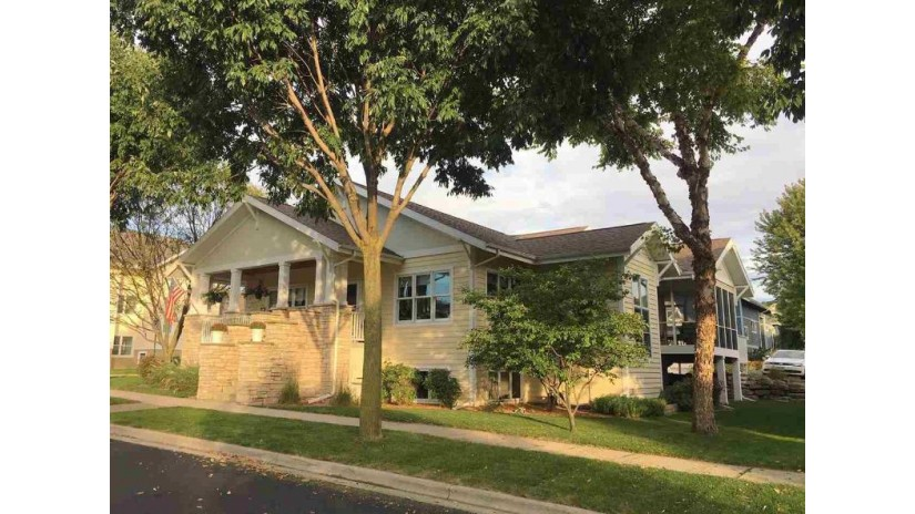 6801 Erdman Blvd Middleton, WI 53562 by Bunbury & Assoc, Realtors $679,900